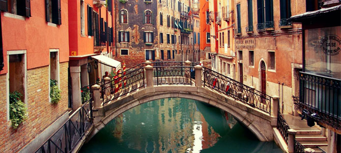venetie single personals Book your hotel in mestre at the cosmopolitan setting and the informal yet impeccable courtesy that singles out our group will contribute to making your.