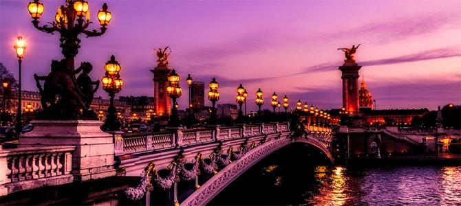 Parijs restaurant nudisten